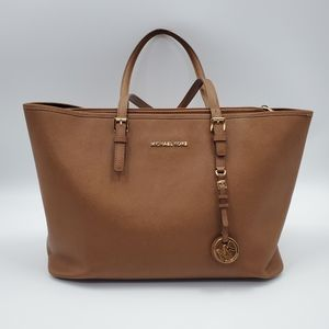 Michael Kors Jetset Tote Bag Camel Brown Career